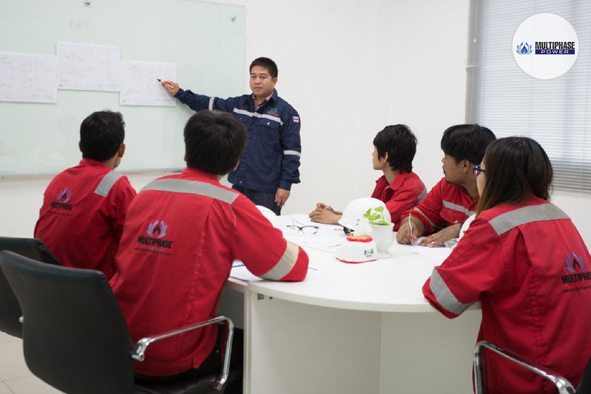 บริการด้านเครื่องกำเนิดไฟฟ้า ให้บริการฝึกอบรมการใช้งานเครื่องกำเนิดไฟฟ้า (Generator Training) ให้กับลูกค้าทุกท่าน